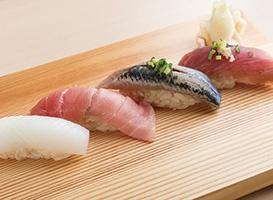 握り鮨(お味噌汁付き)